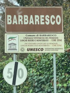 Barbaresco Ortsschild